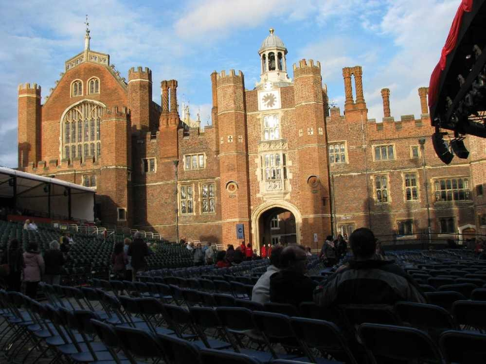 0036_23 Juni 2013_Hampton Court Palace_Stage
