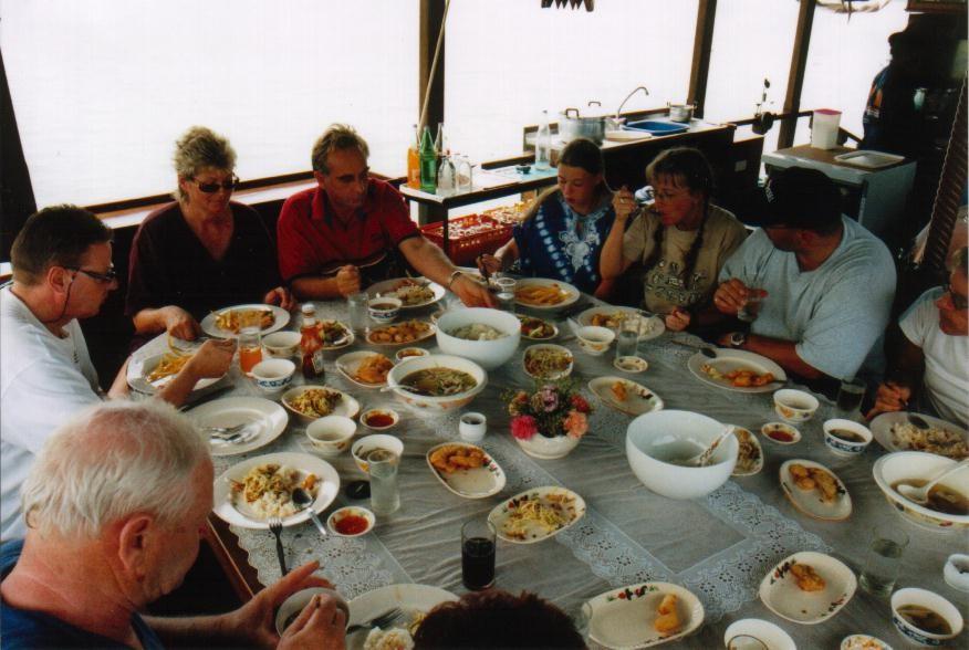 Dauw Talae II - Mittagessen an Bord