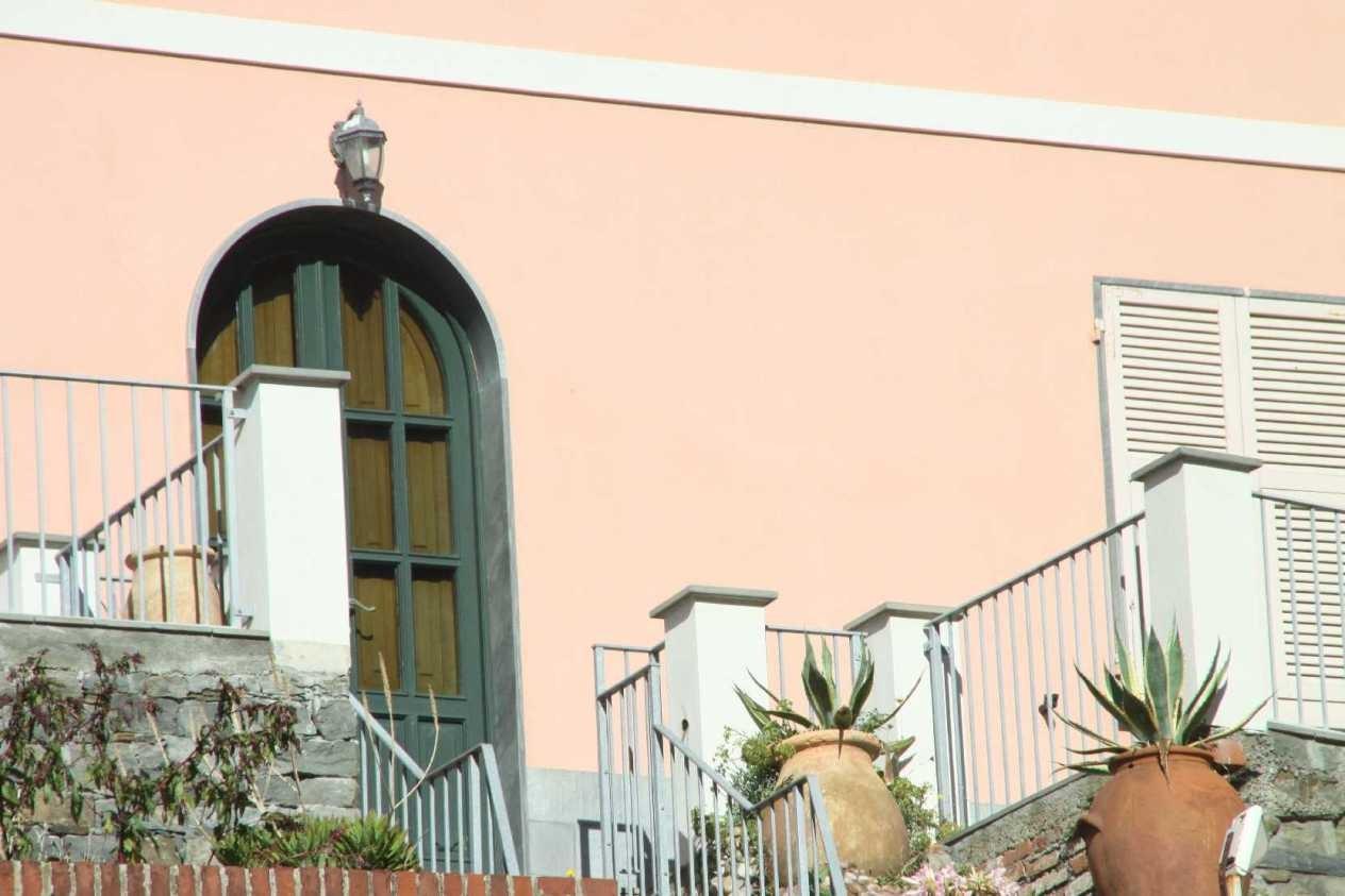 0761_11 Okt 2013_Cinque-Terre_Riomaggiore_Hauseingang