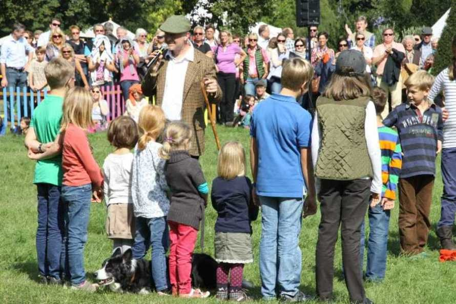 0123_22 Sept 2013_Gartenfest_Bordercollies & Heidschnucken