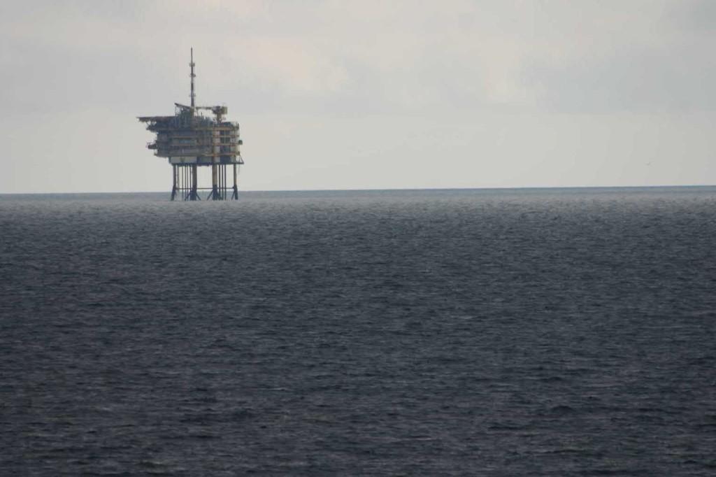 Bild 0037 - Bohrinsel in der Nordsee