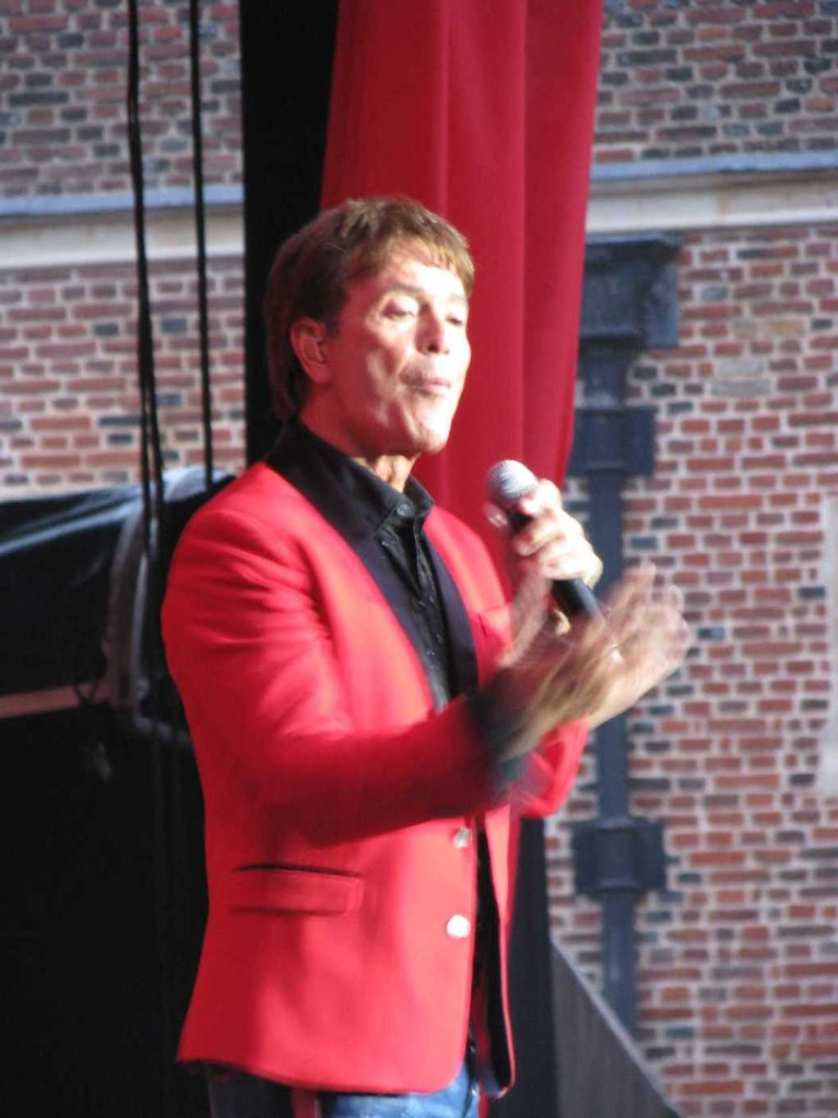 0049_23 Juni 2013_Hampton Court Palace_Cliff Richard