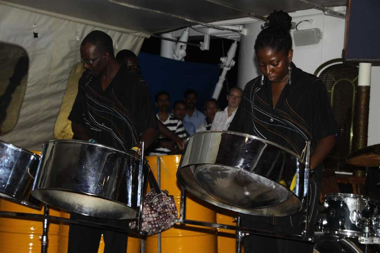 1326_26 NOV 2013_Antigua_St-Johns_Steel Band