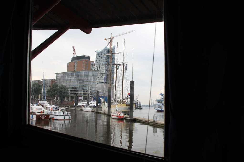 0247_11 Juni 2011_Hamburg_Feuerschiff_LV13_Restaurant