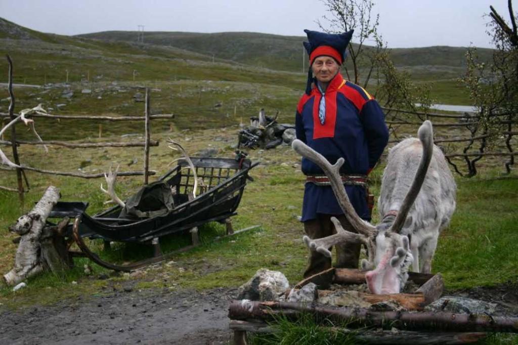 Bild 2075 - Norwegen, Samen + Rentiere