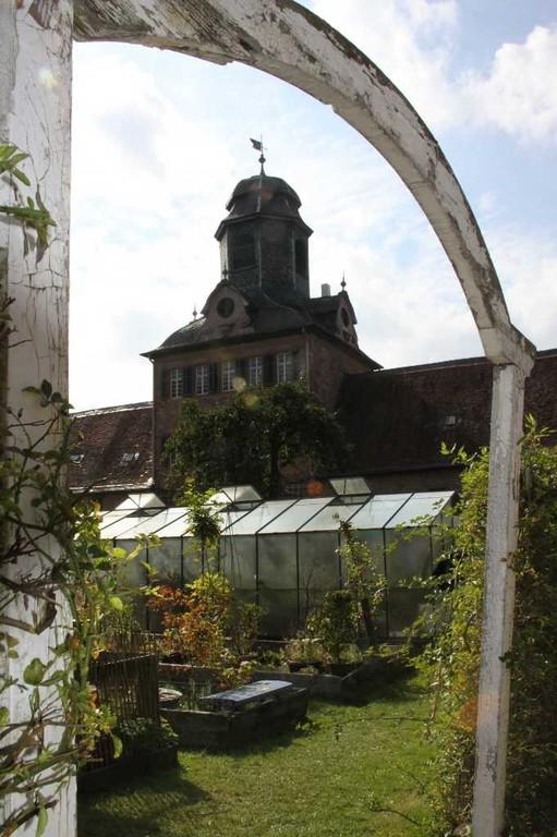 127_0705_19 Sept 2010_Gartenfest_Schloss Wolfsgarten_Aussteller