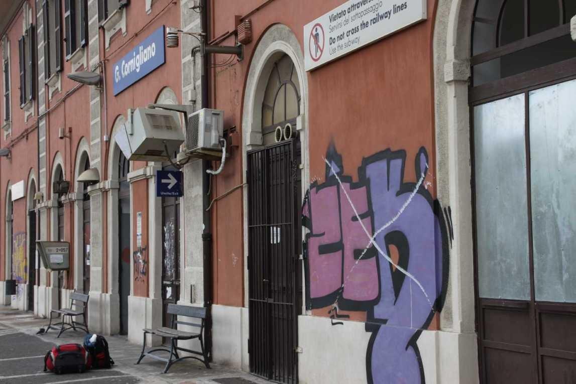 0016_06 Okt 2013_Genua_Cornigliano_Bahnhof