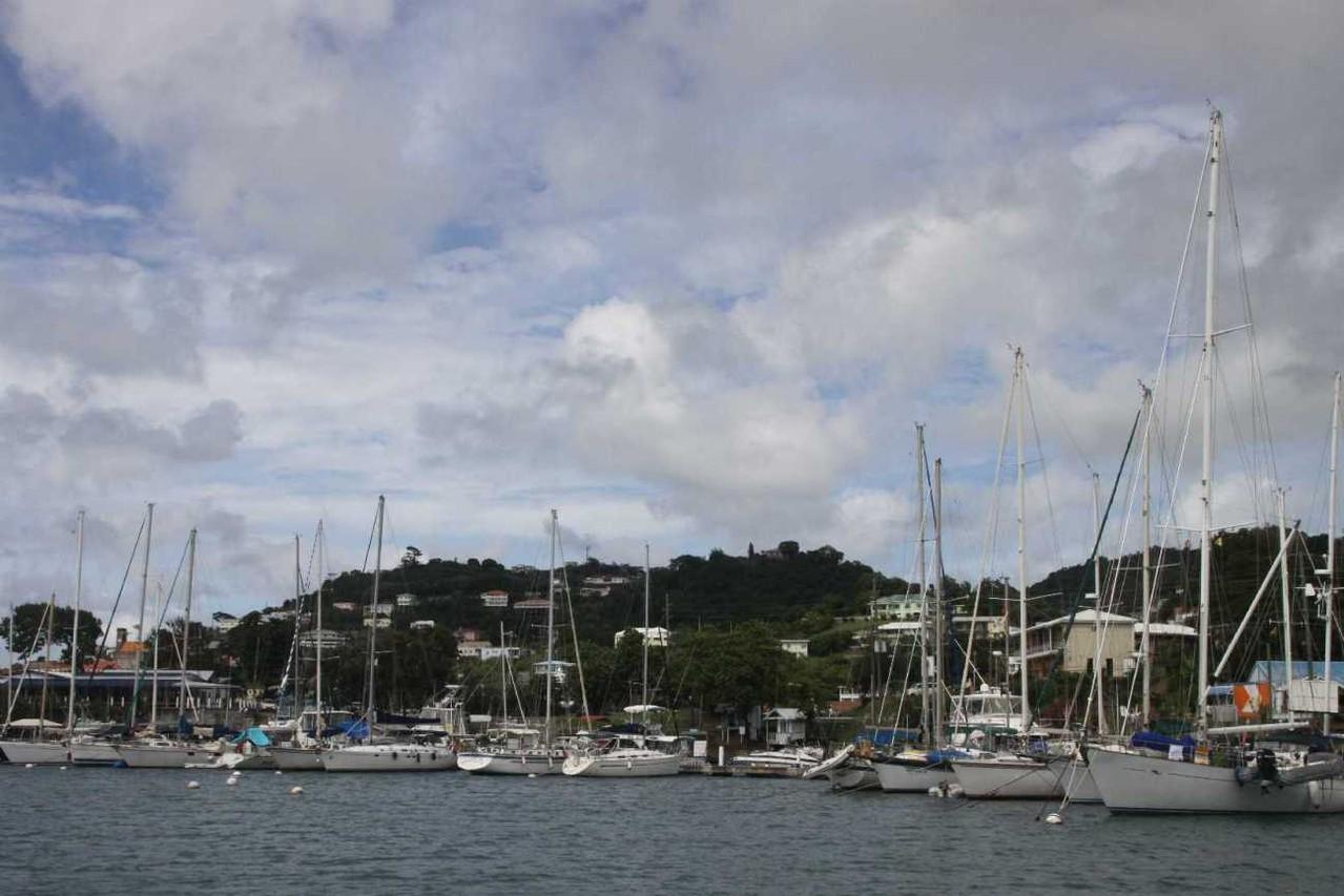 3027_02 DEZ 2013_Grenada_Port Louis_Marina