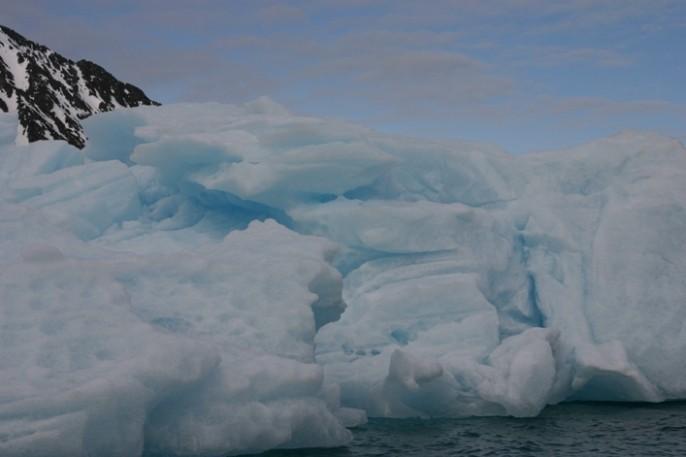 Bild 1030 - Spitzbergen, Magdalenenbucht, Zodiacfahrt