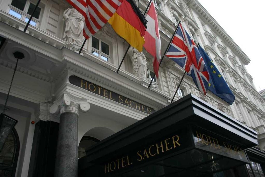 0135_21 Mai 08_Wien_Hotel  Sacher
