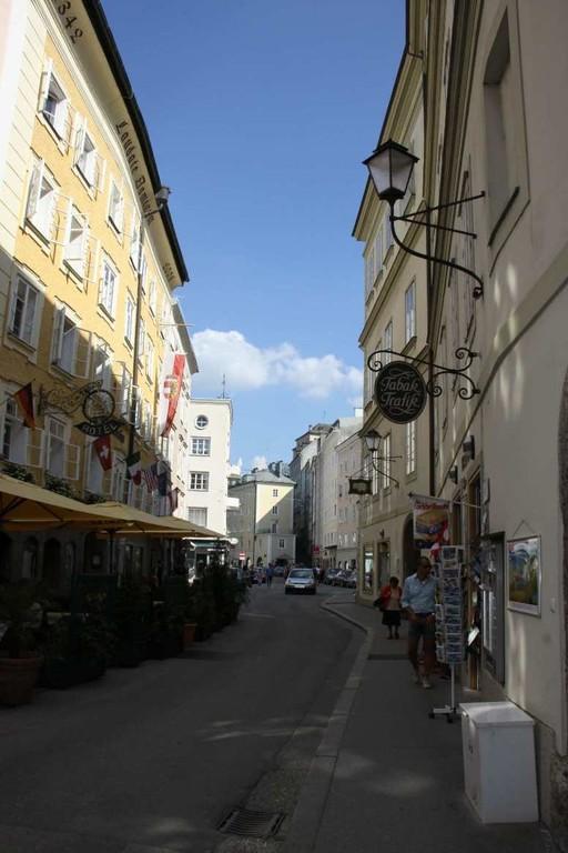 0284_21 Aug 2010_Salzburg_Kapitelgasse