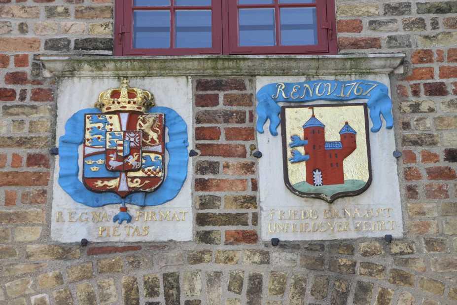 0190_30 Juli 2011_Flensburg_Nordertor_Wappen