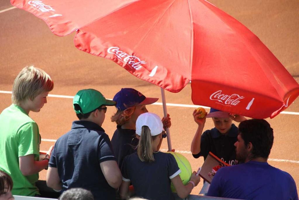 0126_26 Mai 2012_Cup of Legends_Philippoussis_Balljungen