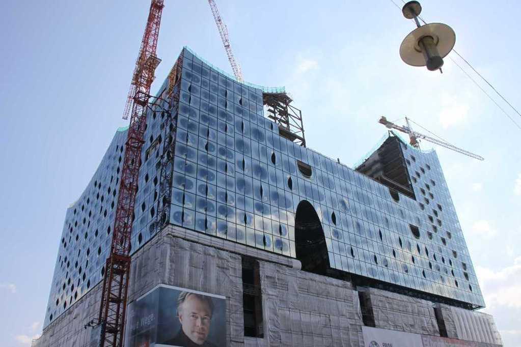 0458_11 Juni 2011_Hamburg_Hafen-City_Elbphilharmonie