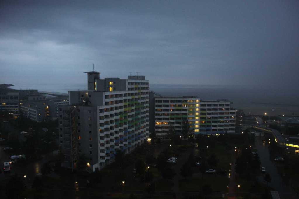 0263_21 Aug 2011_Damp_Reha-Klinik_Regenwolken