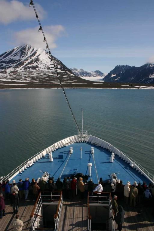 Bild 1336 - Spitzbergen, Moellerfjord, MS Delphin