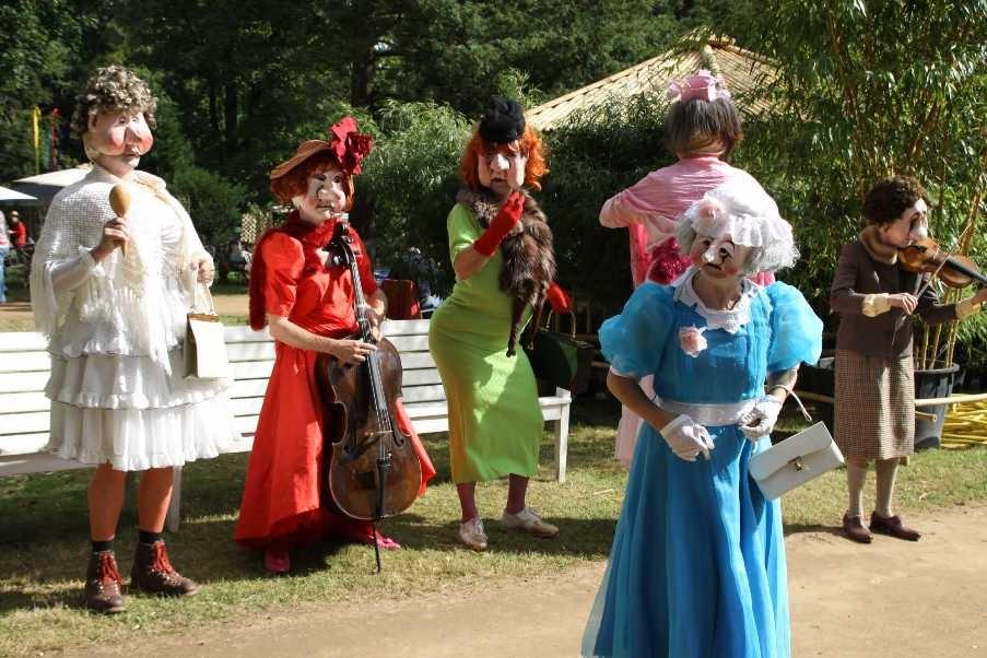133_0458_18 Sept 2010_Gartenfest_Wiener Masken- und Musiktheater