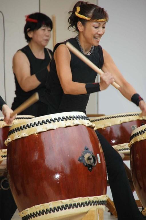 203_0547_18 Sept 2011_Gartenfest_Japan_Show_Trommel_Tanz_Orchester