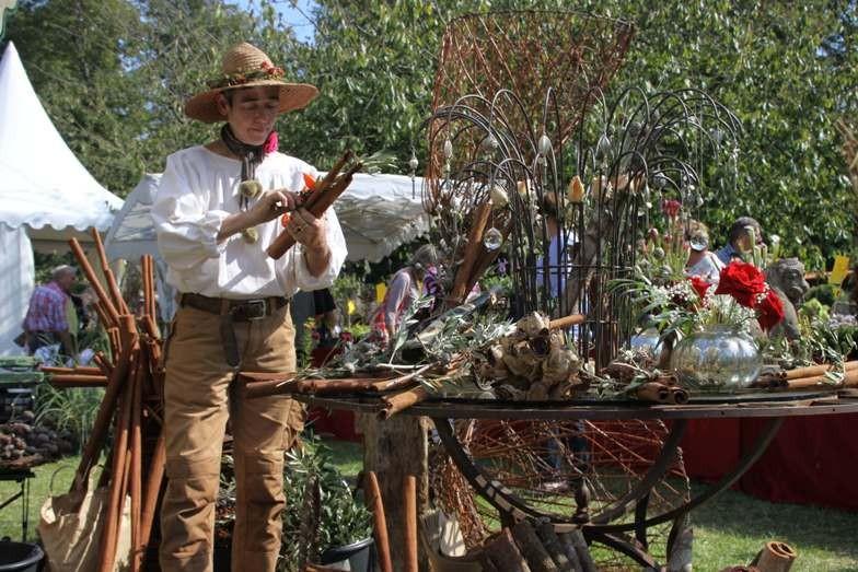 092_0291_16 Sept 2011_Gartenfest_Aussteller