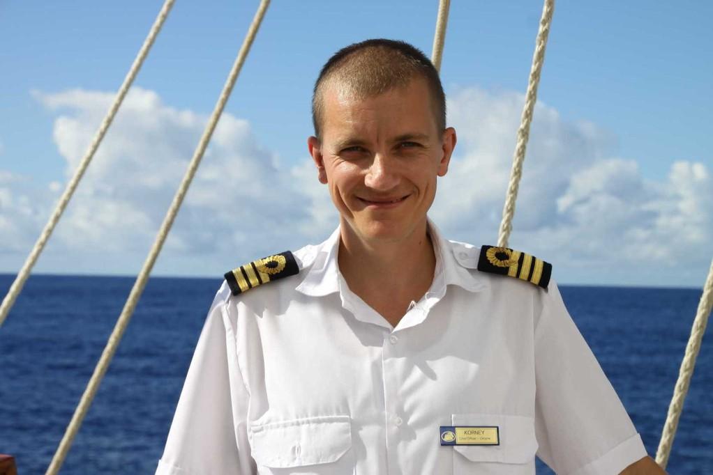 2386_25 Okt 2010_Star Flyer_Crew_Chief Officer_Korney