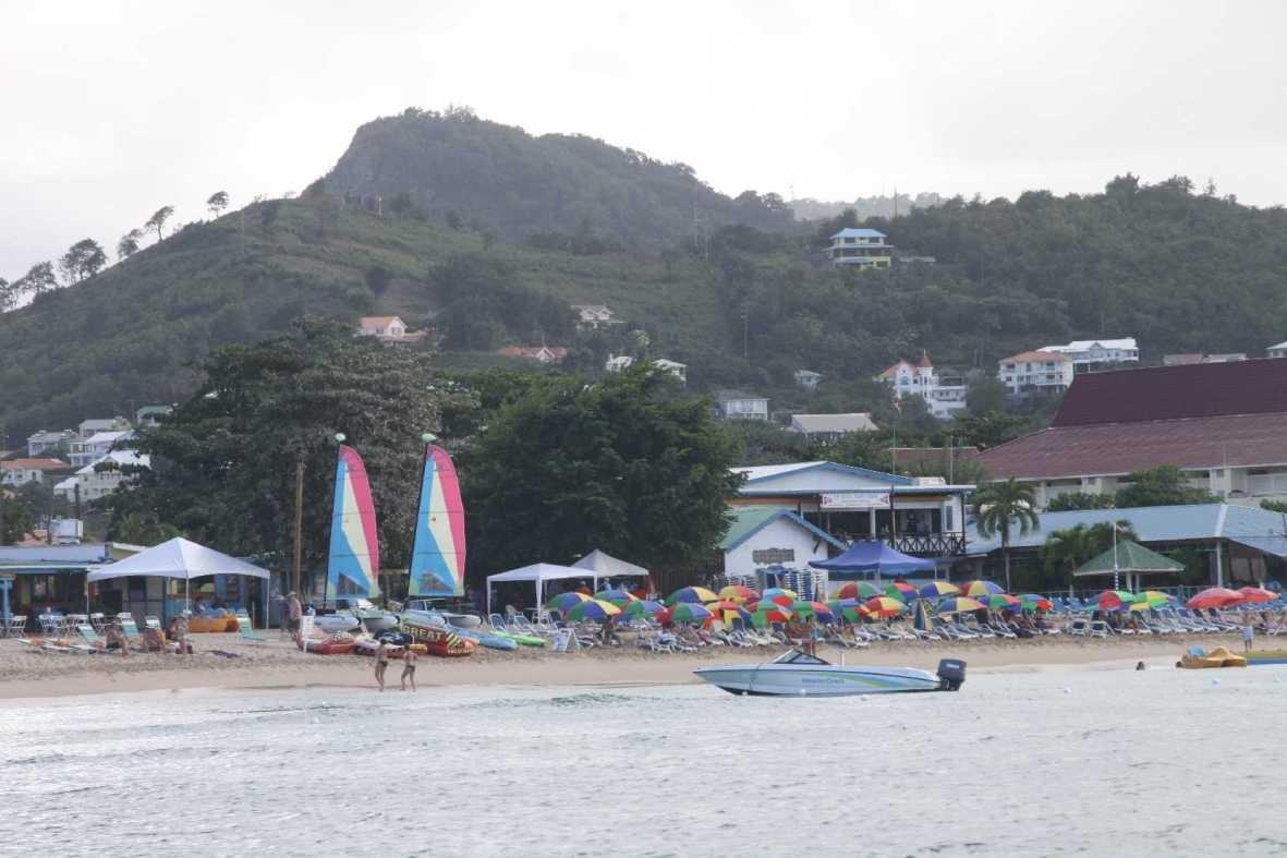 0522_24 NOV 2013_St-Lucia_Rodney Bay