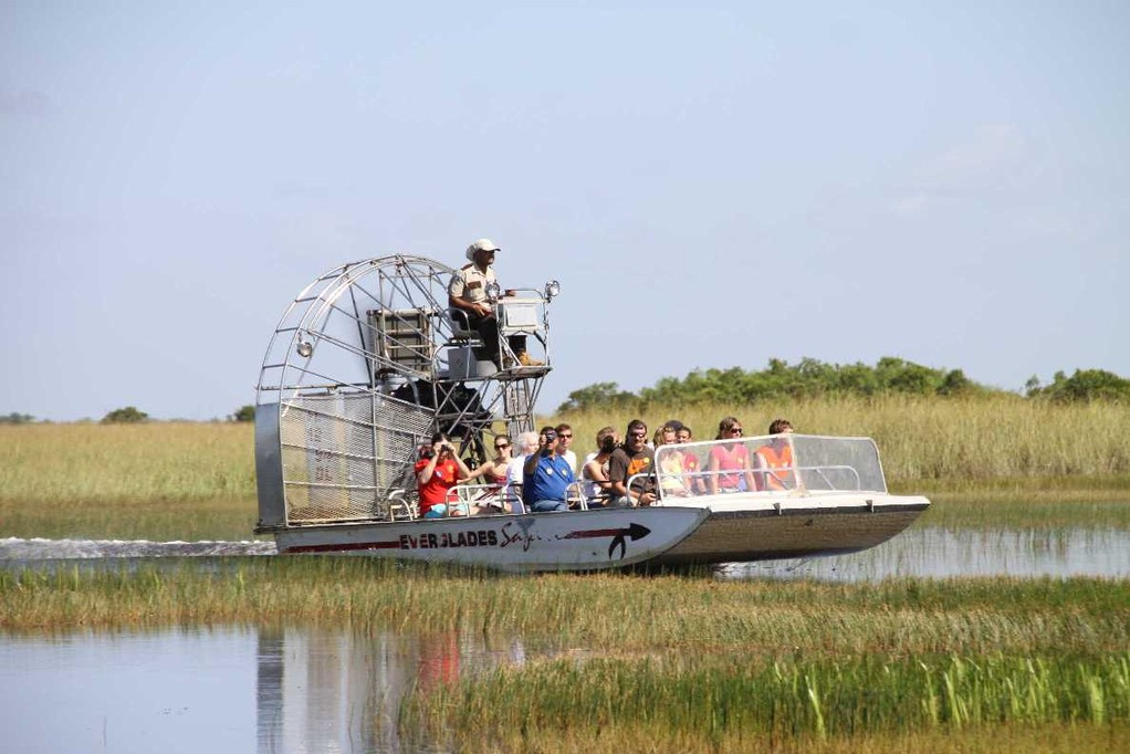 1710_14 Juni 2010_Everglades_Airboat Ride_Sümpfe_Boot