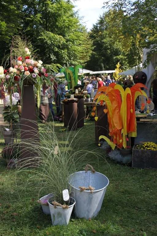 072_0225_16 Sept 2011_Gartenfest_Aussteller