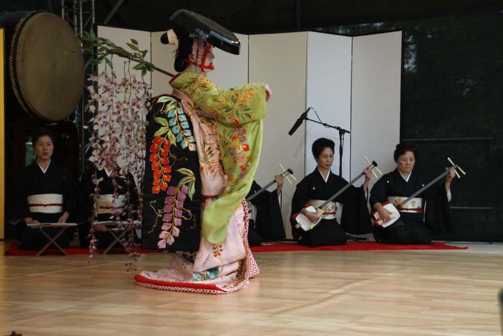 214_0563_18 Sept 2011_Gartenfest_Japan_Show_Trommel_Tanz_Orchester