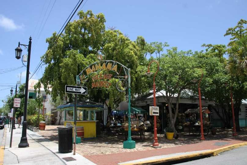 1369_13 Juni 2010_Key West_Bahama Village Market