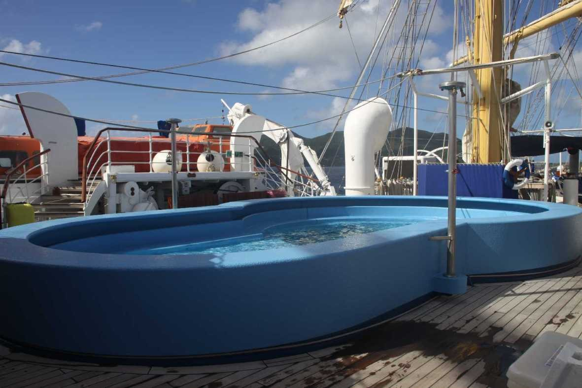 1964_28 NOV 2013_Iles des Saintes_Royal Clipper_Pool