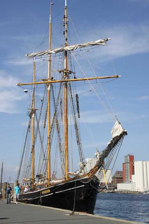 0241_30 Juli 2011_Flensburg_Hafen_Albatros