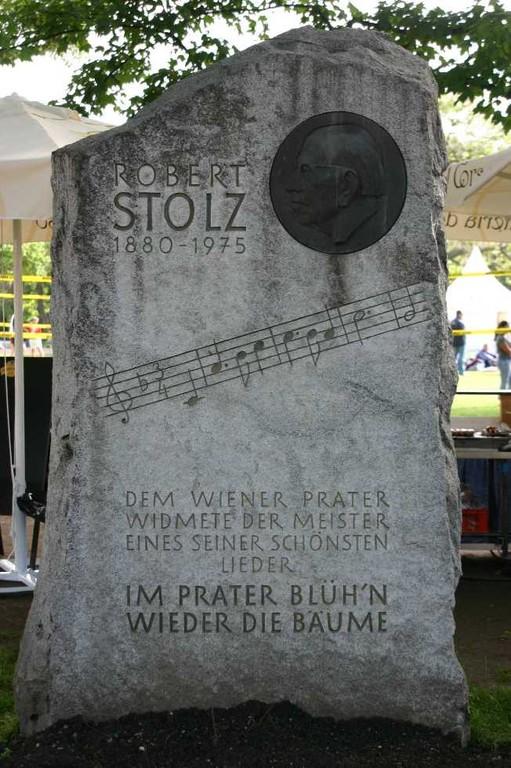 0457_22 Mai 08_Wien_Prater_Robert-Stolz-Denkmal