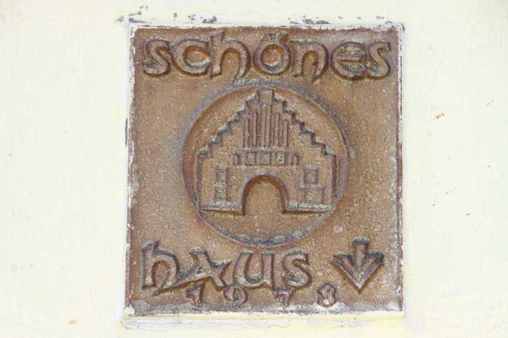 0110_30 Juli 2011_Flensburg_Wappen_Schönes Haus