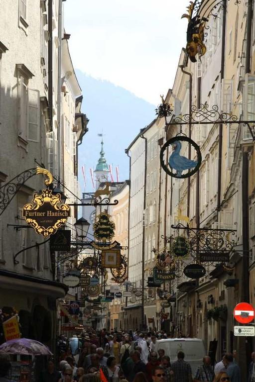0059_21 Aug 2010_Salzburg_Getreidegasse