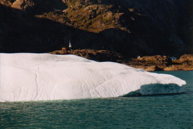Eisberg im Prins Christian Sund / Grönland