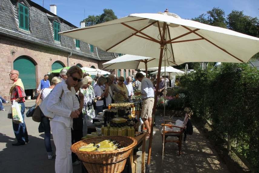 088_0282_16 Sept 2011_Gartenfest_Aussteller