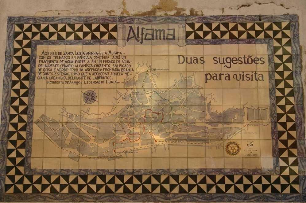 0397_01 Nov 07_Lissabon_Alfama_Azulejos
