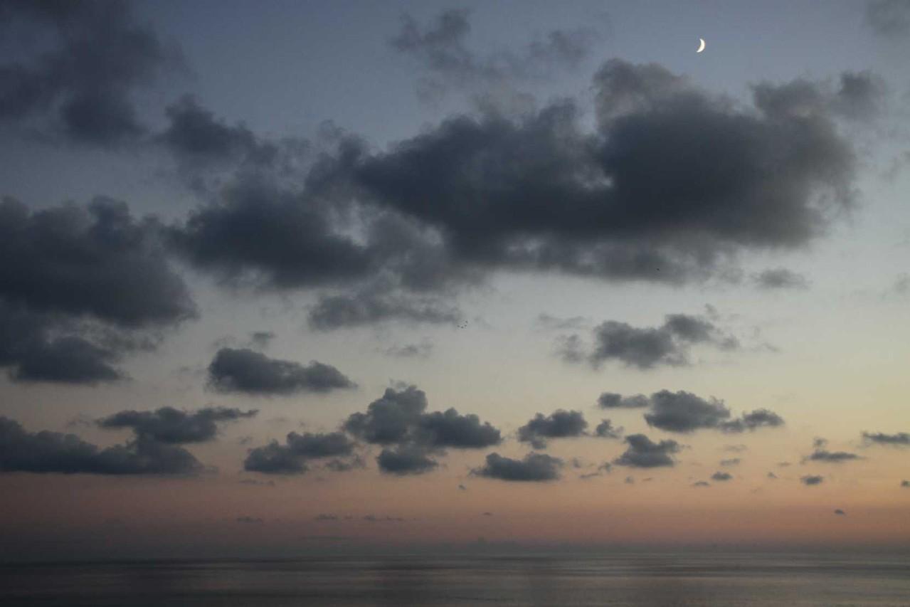 0561_09 Okt 2013_Cinque-Terre_Riomaggiore_Sonnenuntergang-mit-Mond