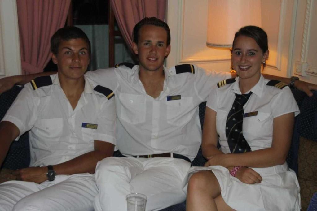 2803_29 Okt 2010_Star Flyer_Captains-Dinner_Crew_Anna & Sportsteam