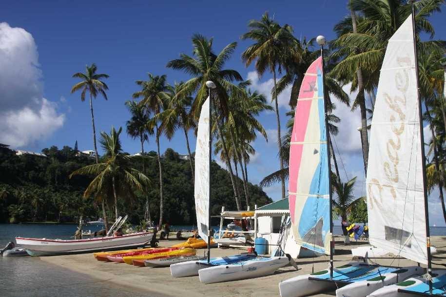 4209_06 DEZ 2013_St-Lucia_Marigot Bay