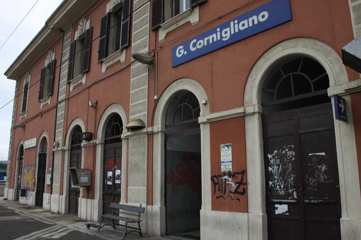 0011_06 Okt 2013_Genua_Cornigliano_Bahnhof