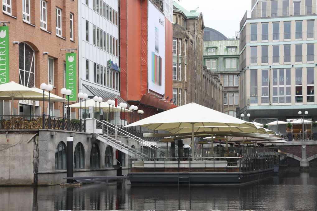 0273_11 Juni 2011_Hamburg_Bleichenfleet