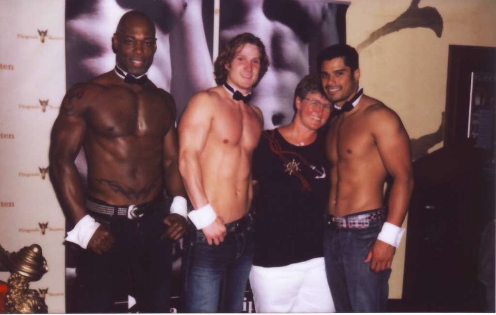 0045b_11 Juni 2011_Chippendales in HH_with the Boys