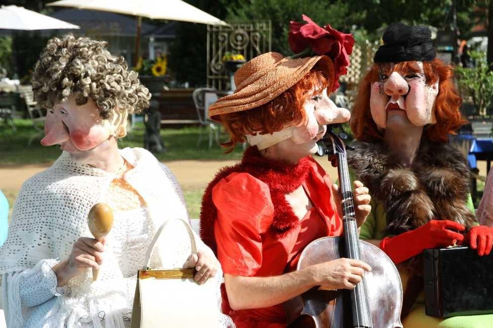 129_0453_18 Sept 2010_Gartenfest_Wiener Masken- und Musiktheater