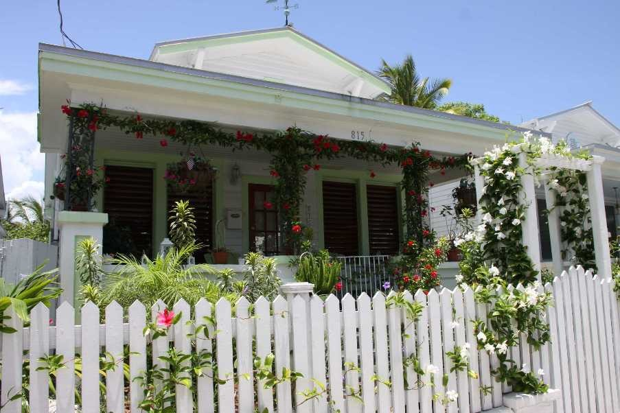 1372_13 Juni 2010_Key West_traditionelles Haus