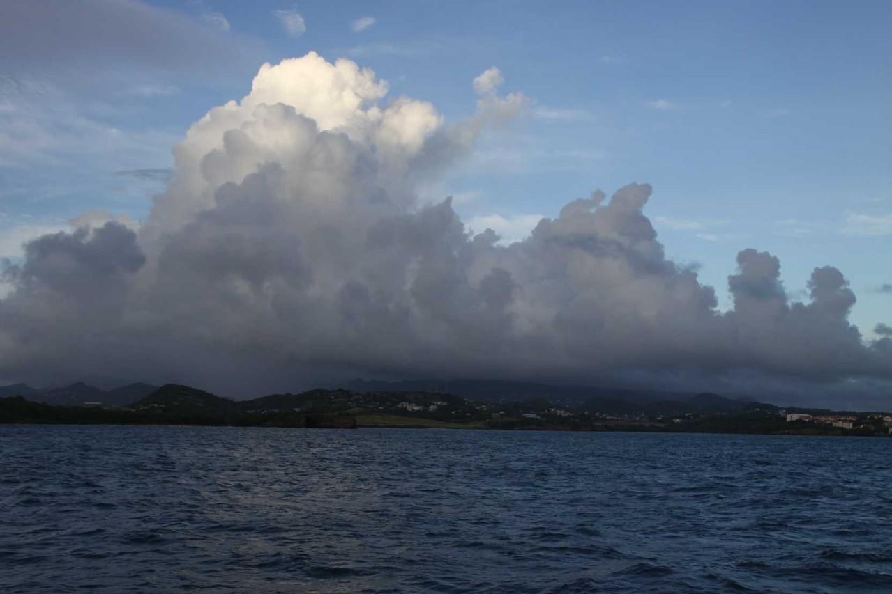3129_02 DEZ 2013_Grenada_Shadowfax-Segeltörn
