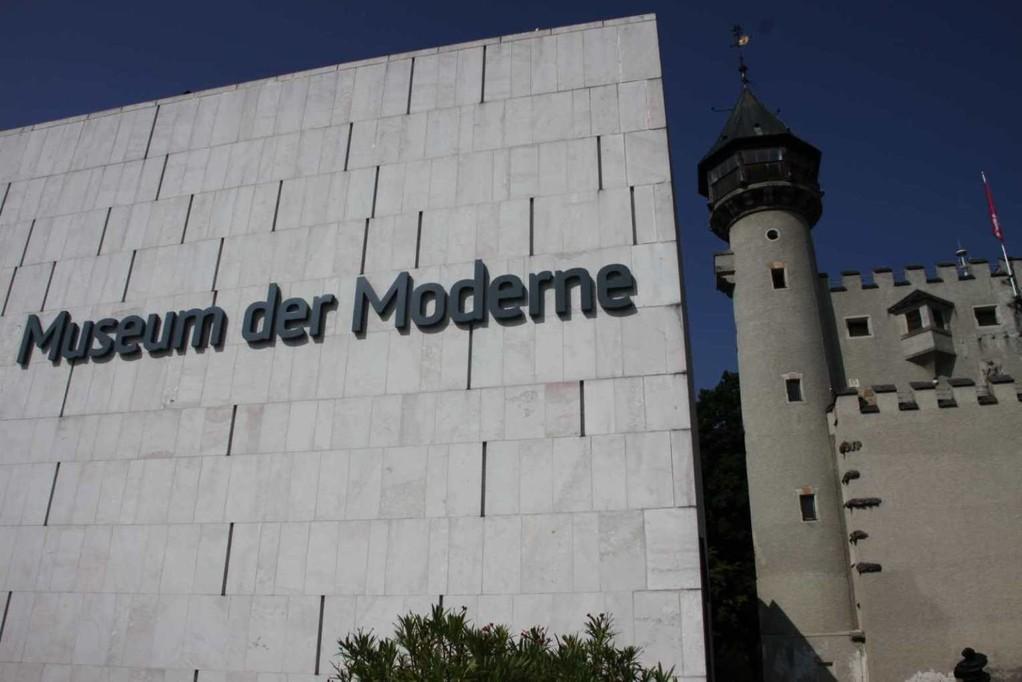 0037_21 Aug 2010_Salzburg_Mönchsberg_Museum der Moderne