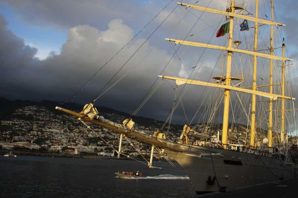 1380_14 Okt 2010_Madeira_Funchal_Hafen_Star Flyer