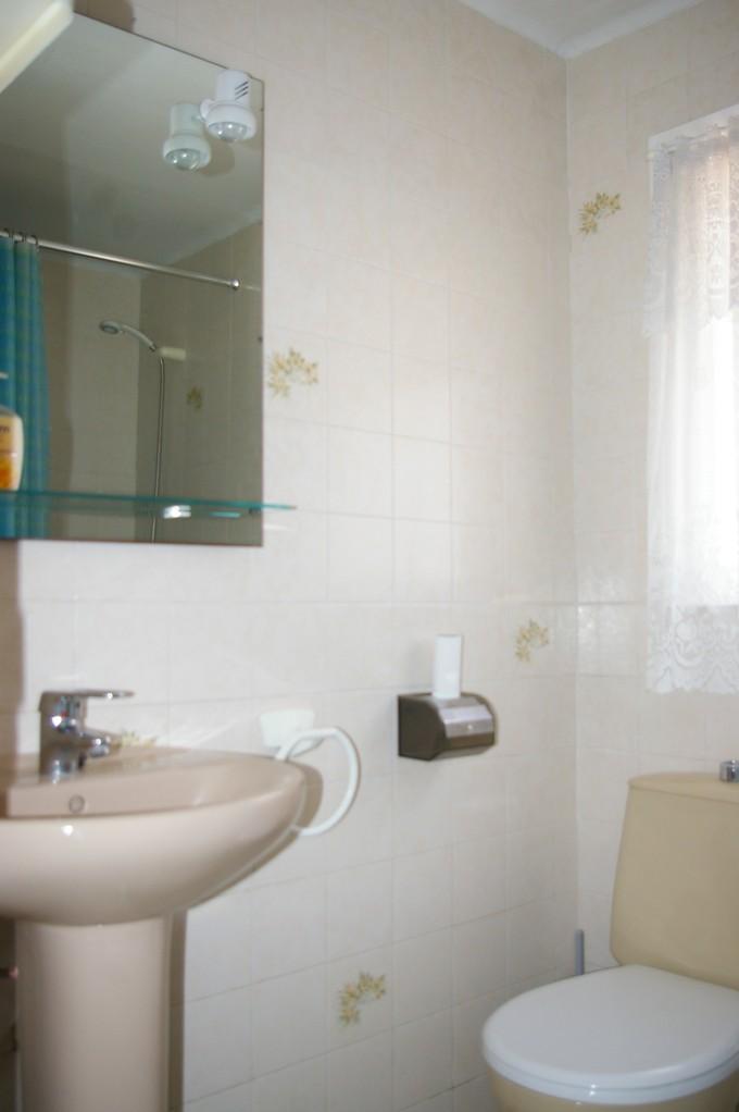 Casa de vacaciones con piscina en Tossa de Mar, baño con bañera