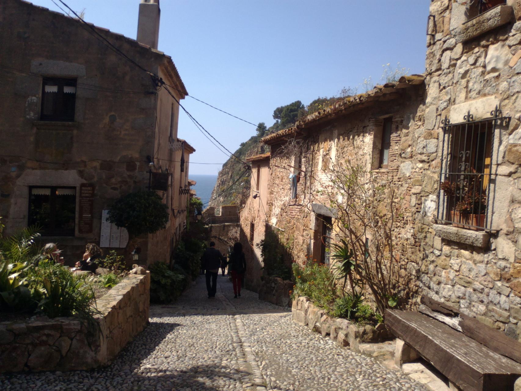 Une rue à Tossa de Mar